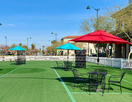 Downtown Mesa has live music at the new outdoor dining area